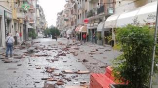 Grandine e vento: i danni a Fidenza (Ansa)