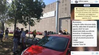 Logista Bologna, dipendenti licenziati con un messaggio WhatsApp, la protesta