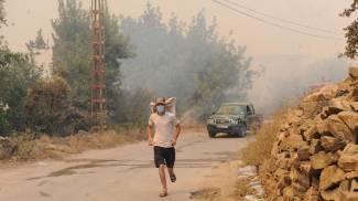 Incendi in Algeria (Ansa)