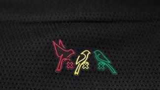 Three Little Birds: sotto il colletto il riferimento alla canzone di Marley