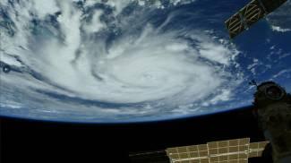 L'uragano Ida visto dalla stazione spaziale (foto dell'astronauta Thomas Pesquet, Ansa)