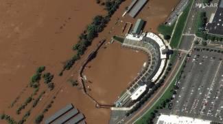 Lo stadio da baseball di Bridgewater, New Jersey, sott'acqua visto dal satellite (Ansa)