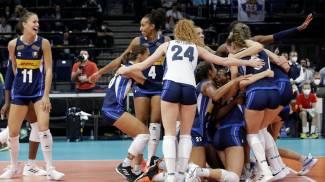 La gioia delle ragazze dell'Italvolley campionesse d'Europa (Ansa)