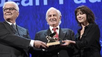 Il Leone d'oro alla carriera a Jean-Paul Belmondo nel 2016 (Ansa)