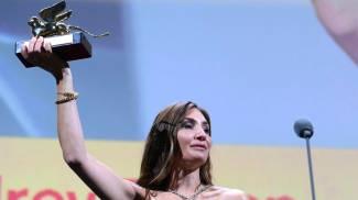 Audrey Diwan vince il Leone d'Oro per L'événement (Ansa)