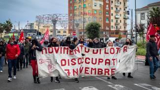 Un momento della protesta dei Centri sociali e dei disoccupati