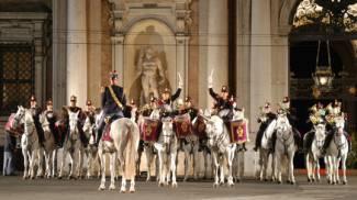 Roma: al Pigneto concerto della Fanfara a cavallo della Polizia di Stato